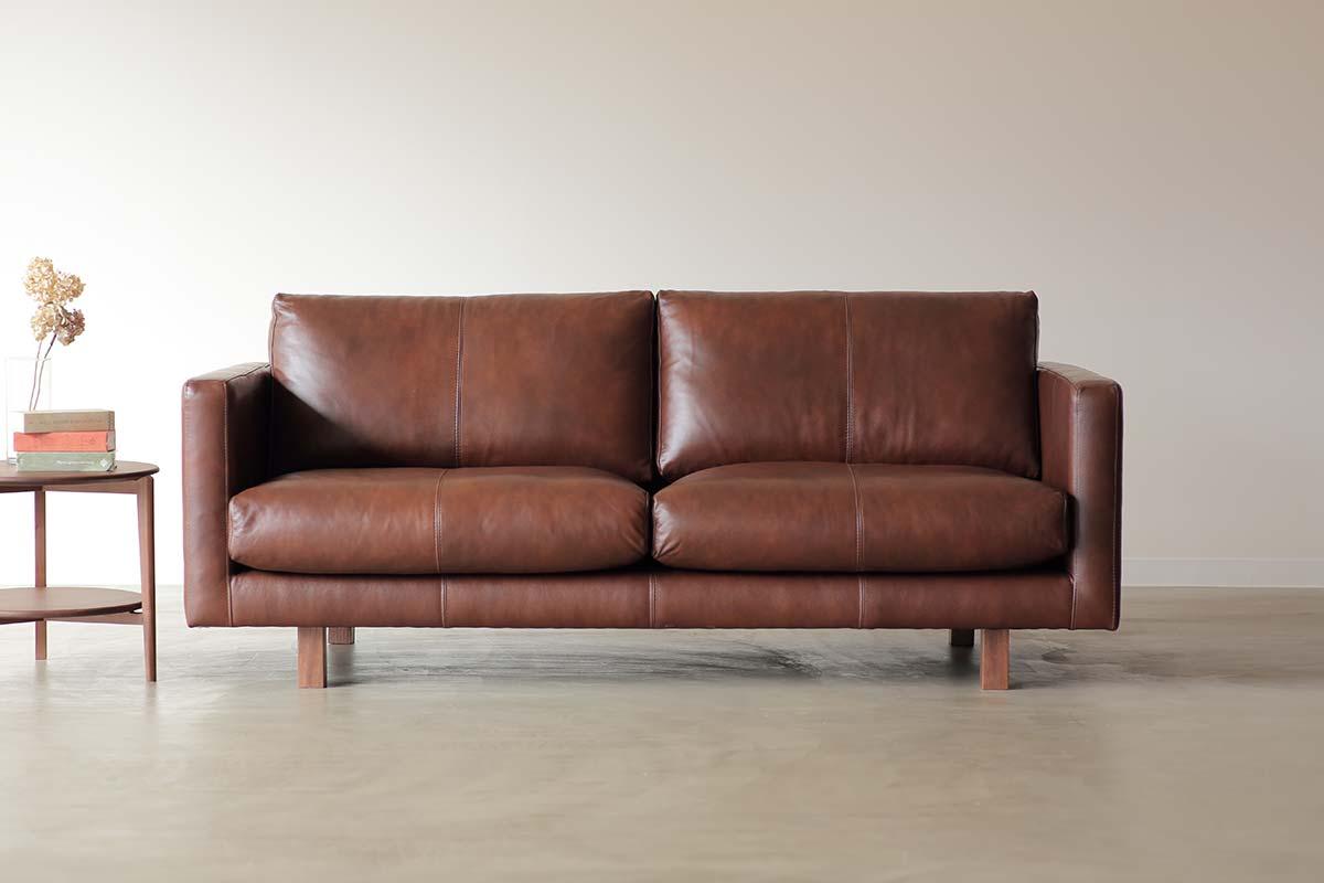 sofa nowhere like home. Black Bedroom Furniture Sets. Home Design Ideas